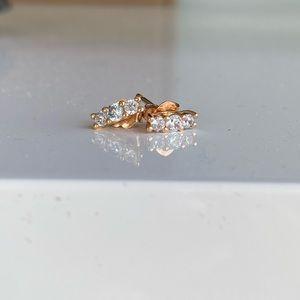 Pandora sparkling elegance stud earrings